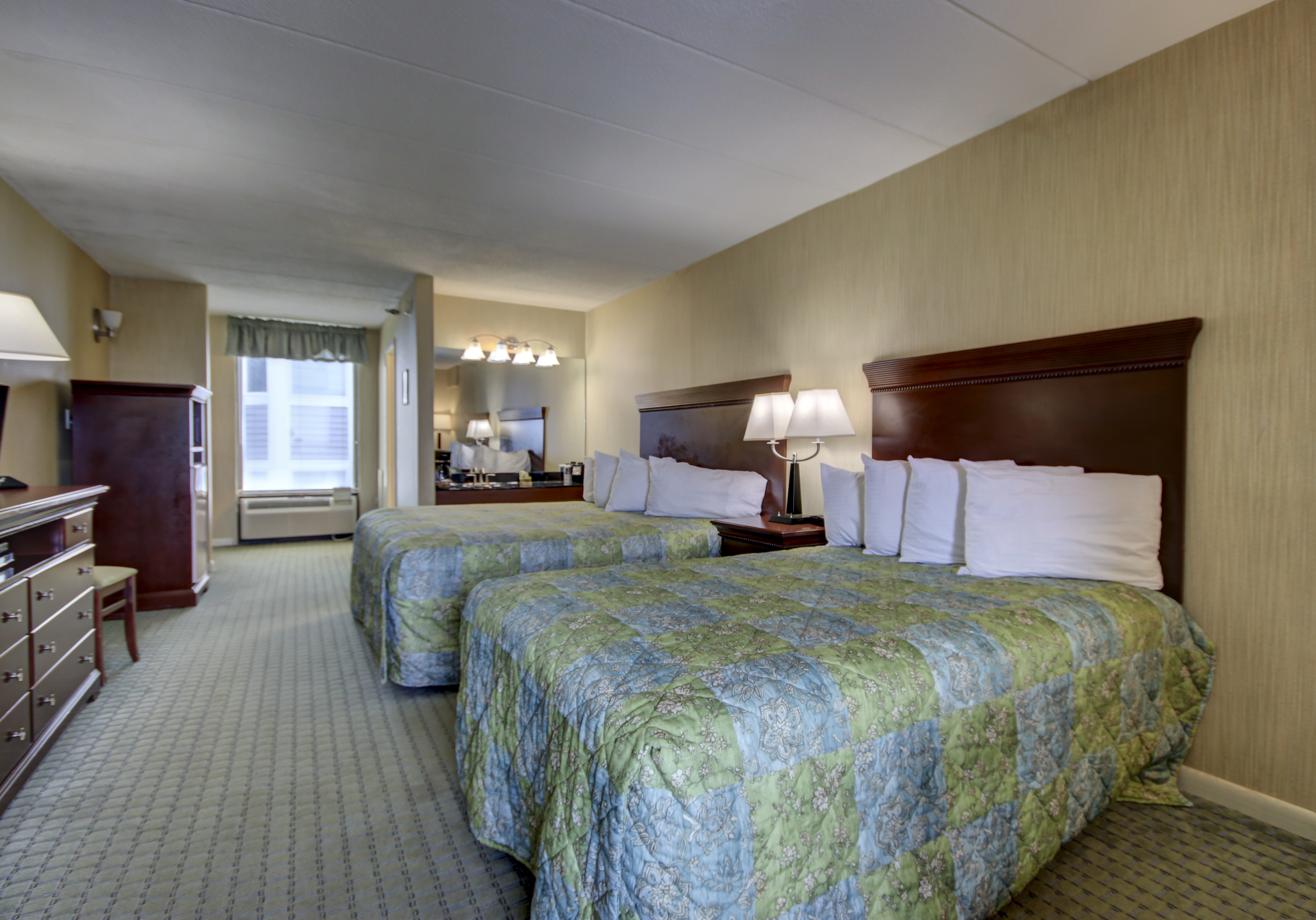 Large hotel bedroom with two beds ocean city md - 2 bedroom suites in ocean city md ...