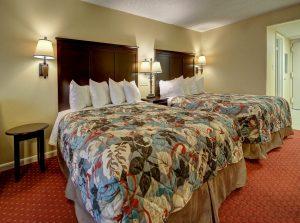 lamp-hotel-room