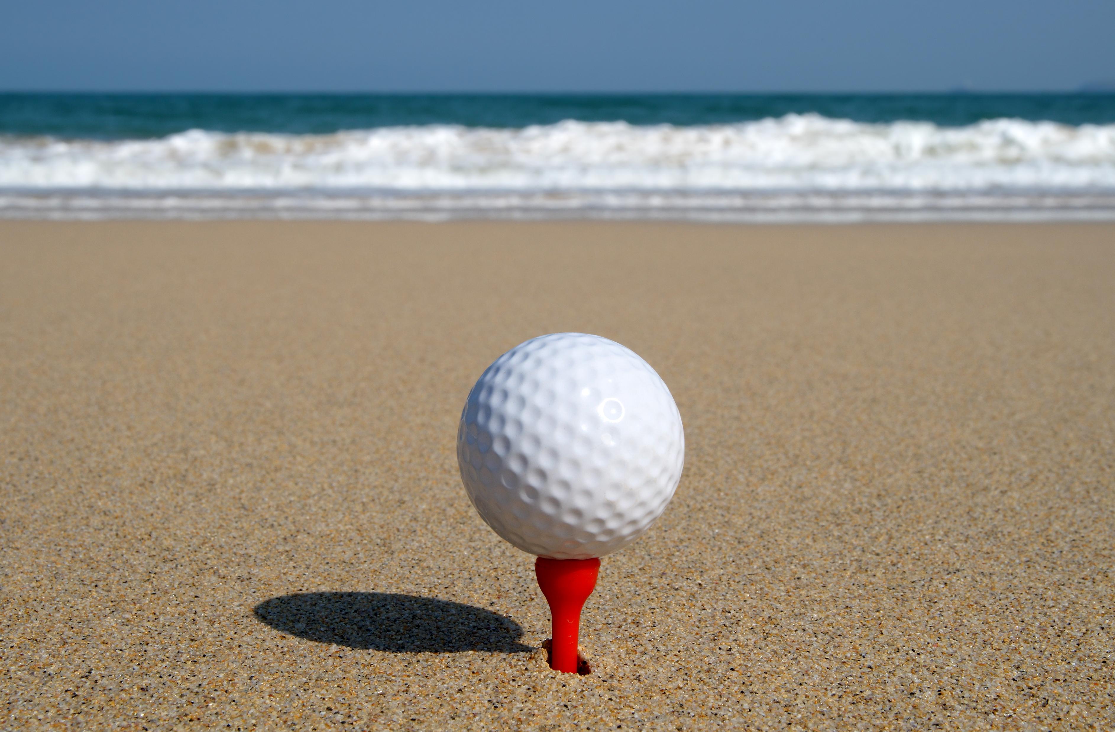 beach golf_2946155